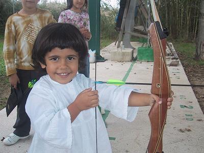 Mi niña también practicando el tiro